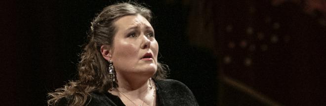 Carla Filipcic Holm: «invitar al público a liberar la emoción que día a día se reprime»
