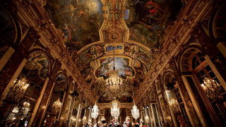 Le Château de Versailles referme mais ouvre une salle numérique
