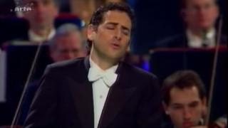 Juan-Diego Florez chante la Favorite