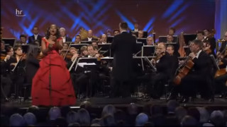 Pretty Yende interprète La Somnambule de Bellini