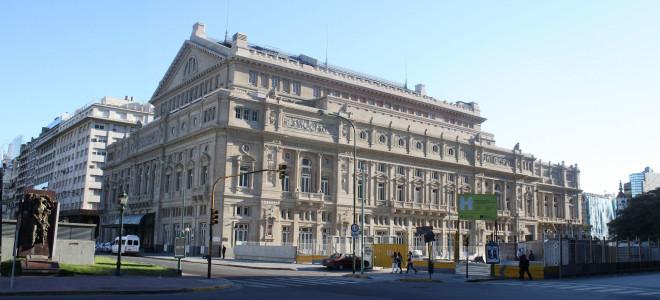Le pays des merveilles au Teatro Colón : Ravel et Mallarmé chantés par Mariana Rewerski