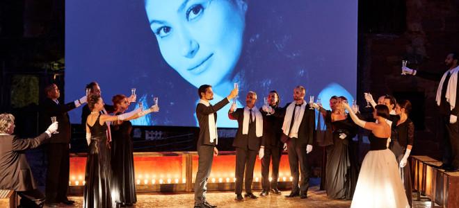 Serenad Uyar transcende La Traviata à Clermont-Ferrand