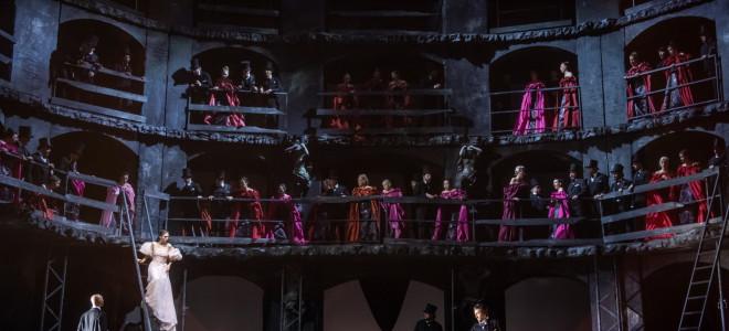 Les Puritains à l'Opéra de Liège, de cendres et de larmes