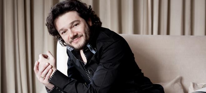 Arturo Chacón-Cruz importe le soleil du Mexique à L'Instant Lyrique Salle Gaveau