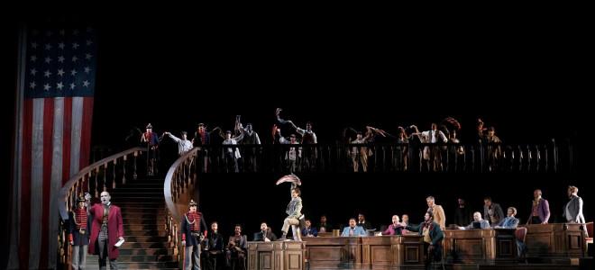 Un Bal masqué de Verdi ouvre la saison du Teatro Real au cœur d'un Madrid masqué