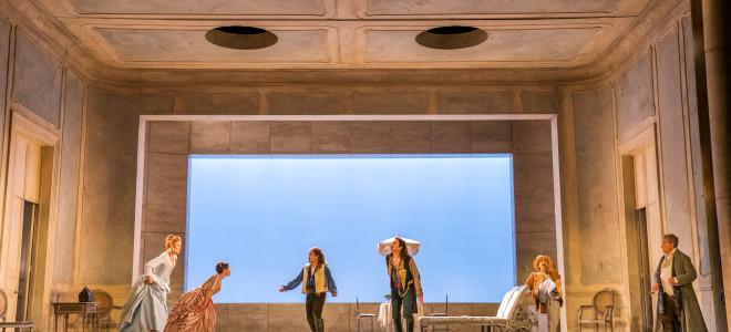Così fan tutte, ossia De la maison des morts à Glyndebourne