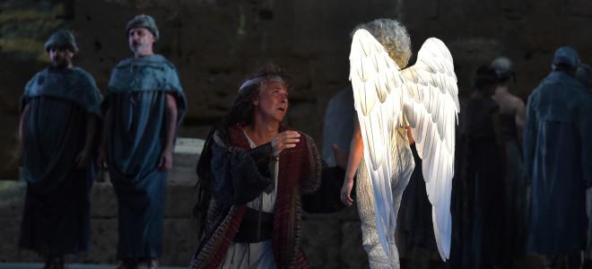 Samson et Dalila font vibrer le mur du Théâtre Antique d'Orange
