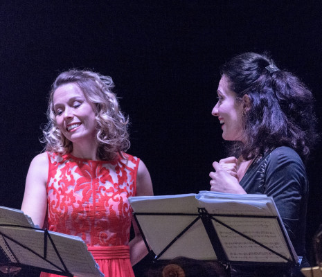 Mélanie Boisvert (Clorinde) et Claire Debono (Cendrillon) - Cendrillon en version concert