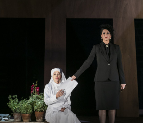 Svetla Vassileva & Isabel De Paoli - Suor Angelica par Denis Krief