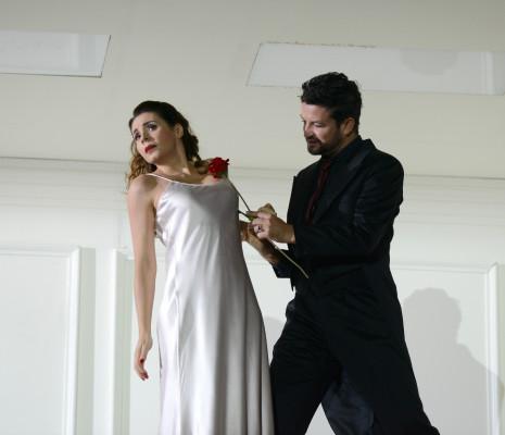 Sabina Puértolas et Krystian Adam - Rodelinda par Claus Guth