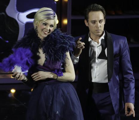 Micaëla Oeste et Guillaume Andrieux - Amélia va au bal par Sylvie Laligne