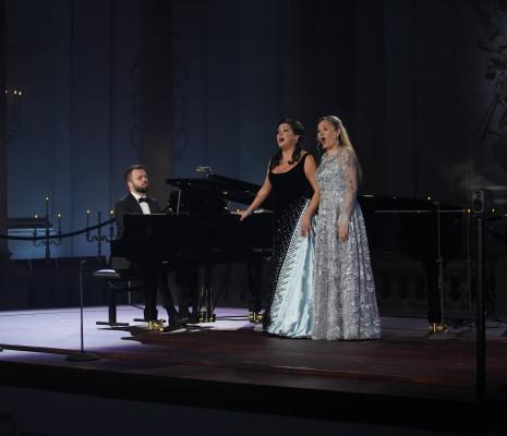Anna Netrebko & Elena Maximova
