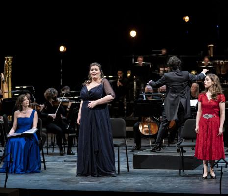 Elisa Soster, Carla Filipcic Holm & Lisa Mostin - Ariane à Naxos