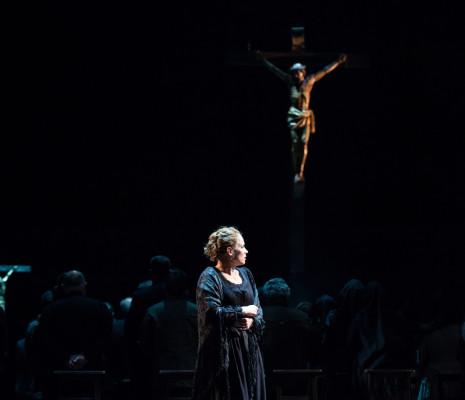 Elīna Garanča dans Cavalleria Rusticana