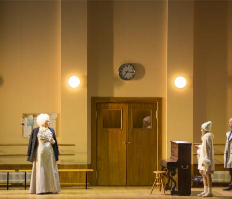 Elena Manistina, Aida Garifullina et Vladimir Ognovenko dans La Fille de neige