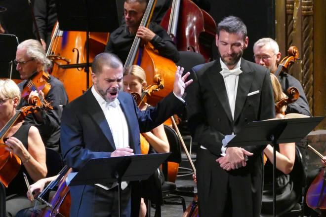 Eric Martin-Bonnet & Nicolas Courjal - Les Puritains