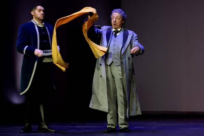 Edgardo Rocha et Carlos Chausson dans La Cenerentola par Claudia Blersch