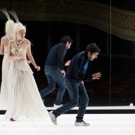 Jennifer Courcier et Mathias Vidal - Le Nain par Daniel Jeanneteau