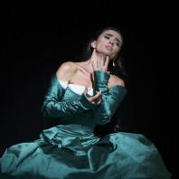 Ermonela Jaho dans Les Huguenots