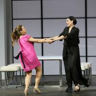 Maria Laura Iacobellis & Ana Victoria Pitts - Le Mariage secret par Pier Luigi Pizzi