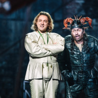 Ivan Magri et Dalibor Jenis - Rigoletto par David McVicar