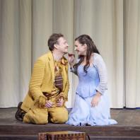 Georg Nigl et Olga Bezsmertna dans la Flûte enchantée