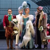 Guillaume Andrieux, Pauline Sabatier et Christophe Berry dans La Vie parisienne