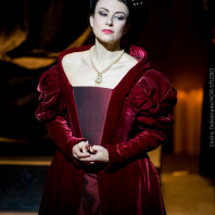 Irina Lungu dans Anna Bolena