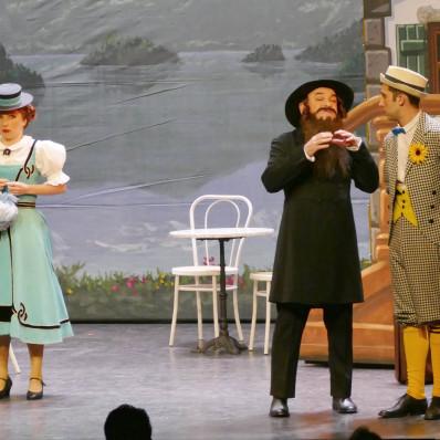 Priscilla Beyrand, Vincent Alary & Dominique Desmons - L'Auberge du Cheval Blanc par Jack Gervais