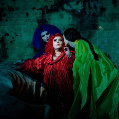Sarah Kuffner, Violeta Urmana, Yael Raanan-Vandor - Elektra par Michel Fau