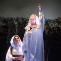 Ruxandra Donose et Anna Kasyan dans Norma