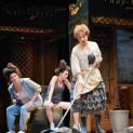 Jennifer Michel, Catherine Trottmann et Julie Boulianne dans La Cenerentola par Sandrine Anglade