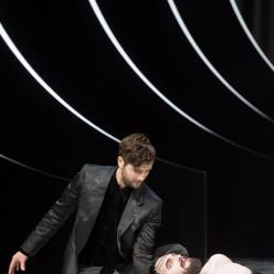 Christian Natter (Oscar Wilde) et Thomas Johannes Mayer (Jochanaan) - Salomé par Hans Neuenfels