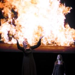Martina Serafin & Ekaterina Gubanova - Tristan et Isolde par Peter Sellars et Bill Viola