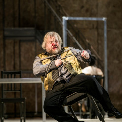 Olafur Sigurdarson - L'Or du Rhin par Stephen Langridge