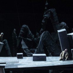 Dan Karlström et Tómas Tómasson - Siegfried par Dieter Dorn