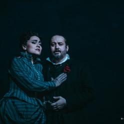 Monica Zanettin et Stefano Secco - Un Bal masqué par Waut Koeken