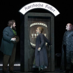Allan Clayton, Julie Boulianne & Christopher Purves  - La Damnation de Faust par Richard Jones
