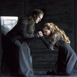 Van den Heever et Zhidkova dans Don Carlo