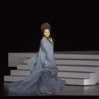 Aida de Shirin Neshat