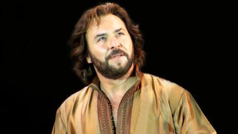Roberto Alagna chante un extrait de Dom Sébastien